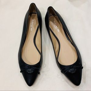 Coach Pointed Toe Ballet Flat Black Leather Size 6